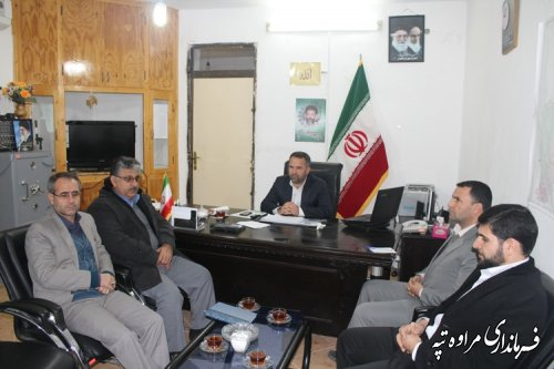 جلسه انتخاب معتمدین اصلی و علی البدل هیأت اجرایی شهرستان مراوه تپه برگزارشد.