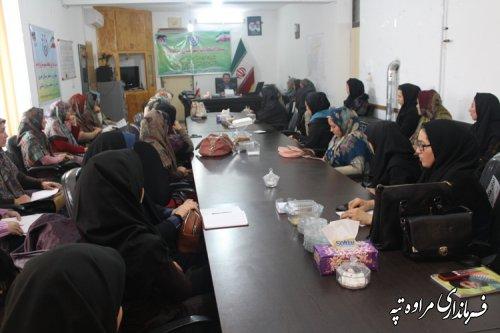 فرماندار مراوه تپه : انتخابات یکی از مهمترین عرصه های حضور زنان و بانوان است .