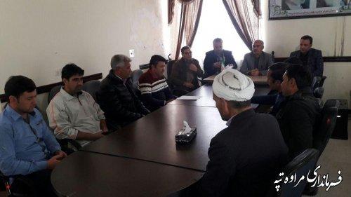 جلسه مشترک بخشدار گلیداغ با مدیر مسکن شهرستان، رئیس امورعشایری، شوراها و دهیاران بخش