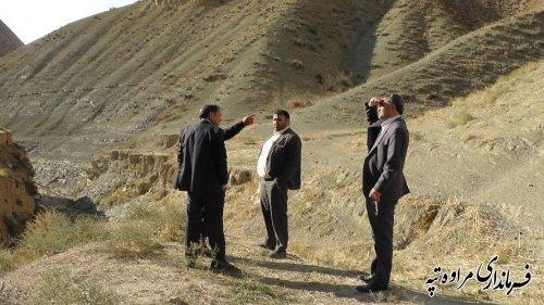 فرماندار مراوه تپه از آغاز عملیات پروژه جاده بین مزارع بسطام دره تا مردم دره تا هفته آینده خبر داد