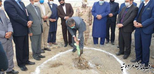 افتتاح و کلنگ زنی سوله و کارخانه خوراک دام در دومین روز از دهه مبارک فجر