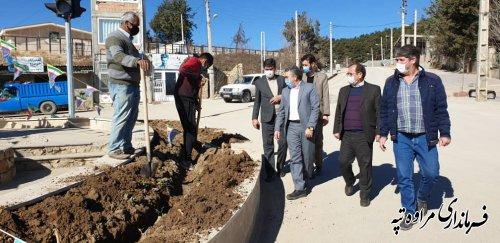 فجر به صورت متمرکز پروژه های شهرداری شهر گلیداغ با اعتبار ۳۰ میلیارد ریال به بهره برداری رسید.