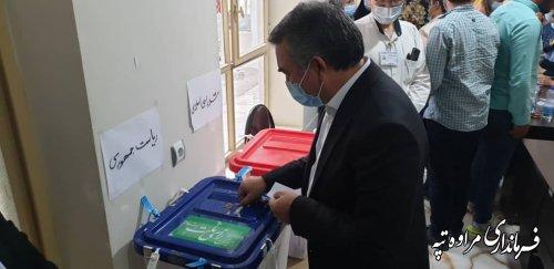 بازدید فرماندار مراوه تپه از شعب اخذ رای گیری