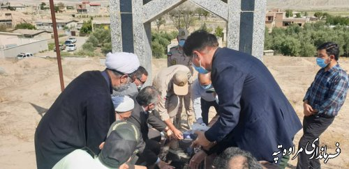 غباروبی گلزار شهدای شهرستان مراوه تپه  بمناسبت هفته دولت
